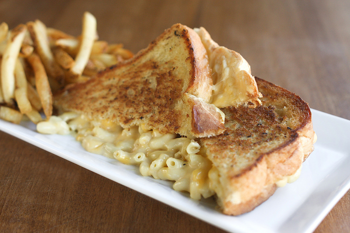 LeSmack.GrilledCheese